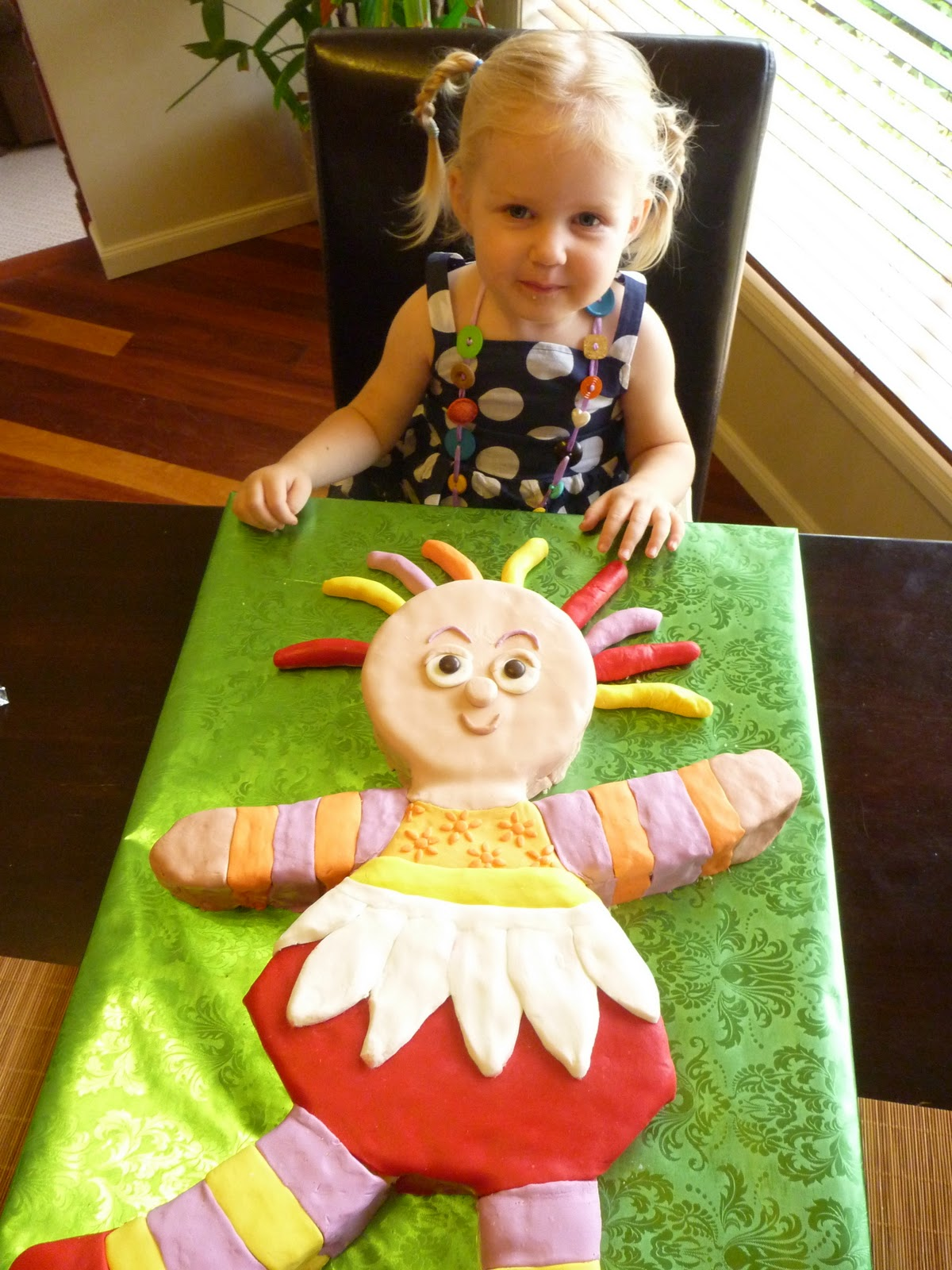 how to make upsy daisy cake topper