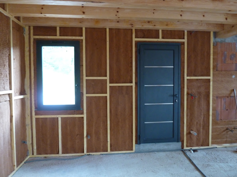 la maison de meltemetpetau et c 39 est parti pour l 39 isolation thermique et phonique des murs. Black Bedroom Furniture Sets. Home Design Ideas