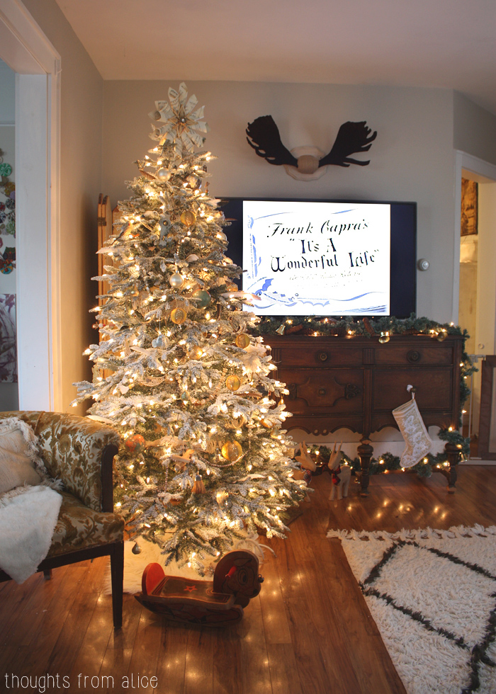 Where To Put The Christmas Tree holiday home tour 2014