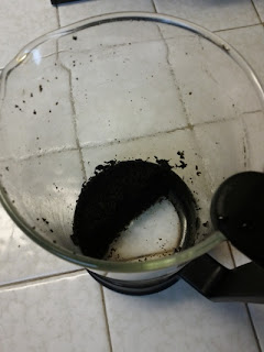 How To Clean Coffee Grounds From A French Press Maker