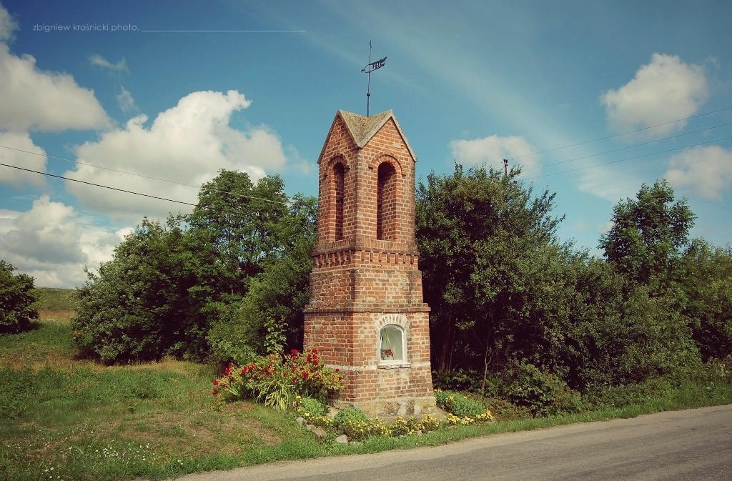 Garzewo, Gołogóra, Łomy, Świątki - przydrożne kapliczki warmińskie