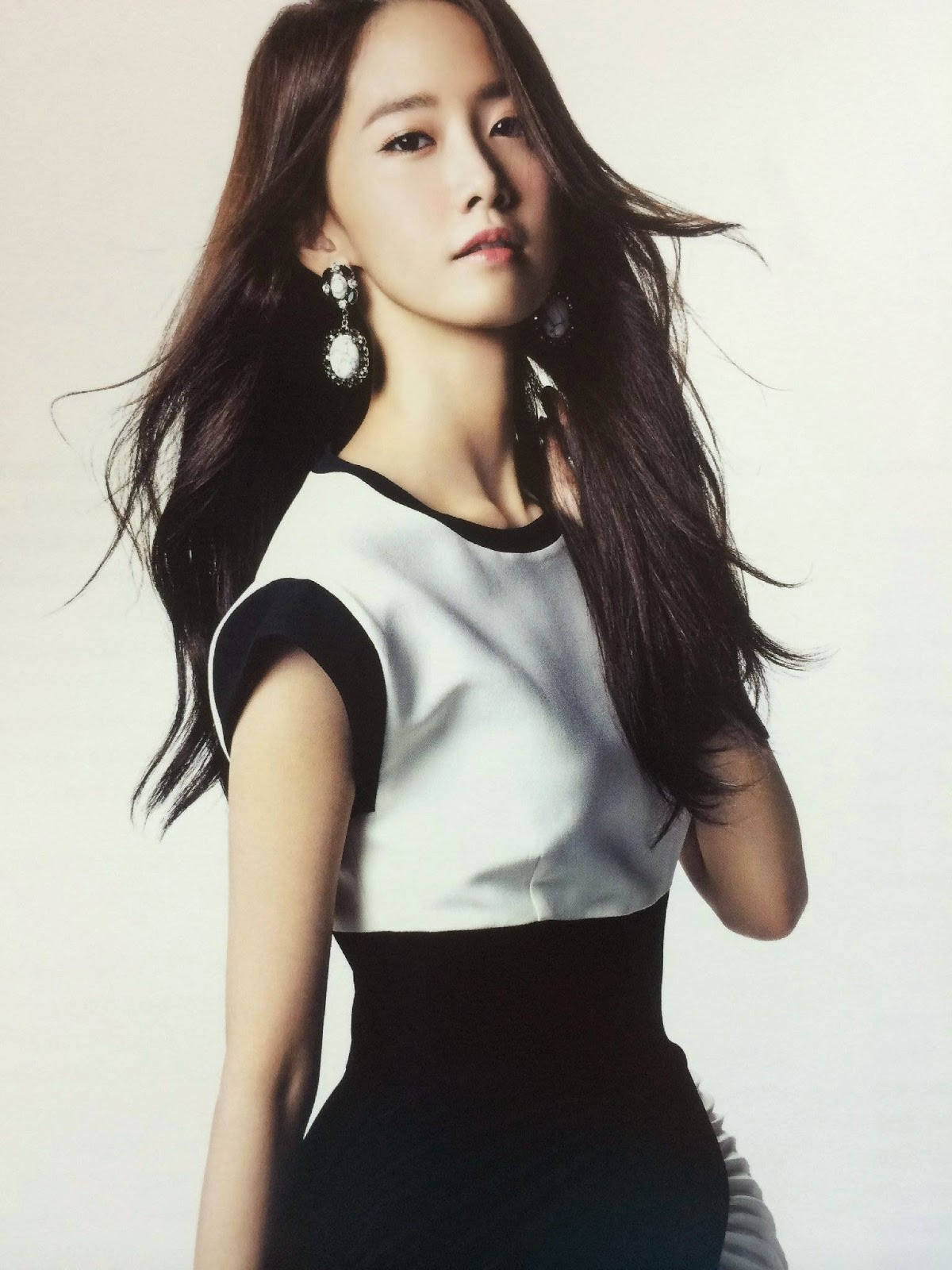 SNSD YoonA (윤아; ユナ) Girls Generation The Best Scan Photos 7