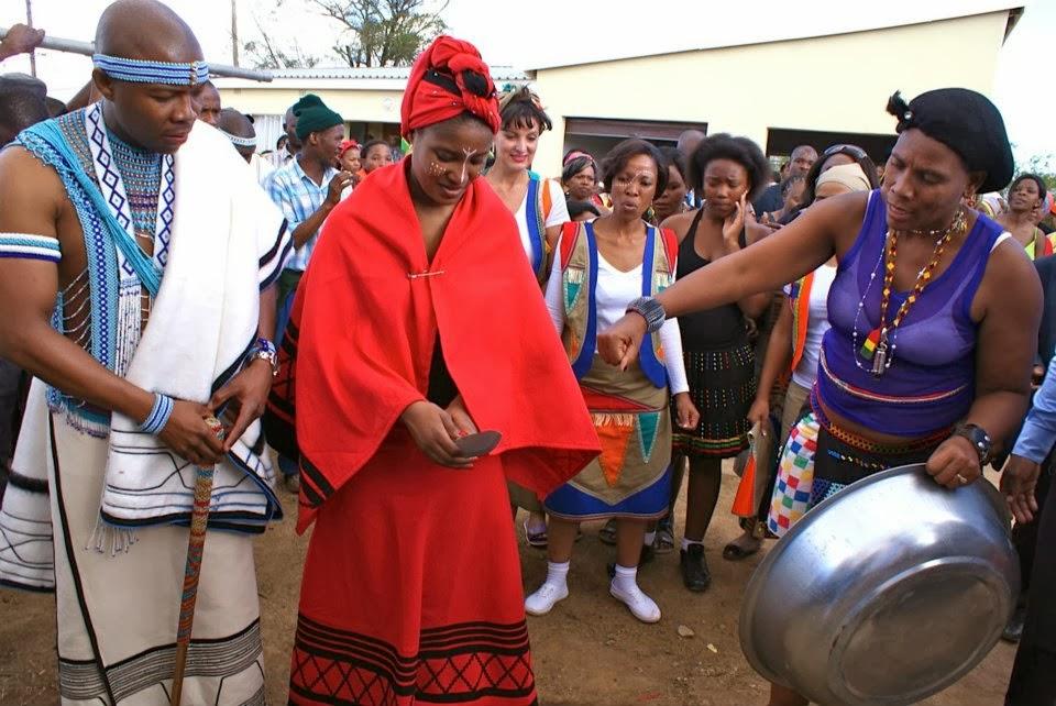 плачет свадебные обряды и традиции у африканцев новую свечу