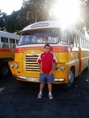 autobuses antiguos Malta