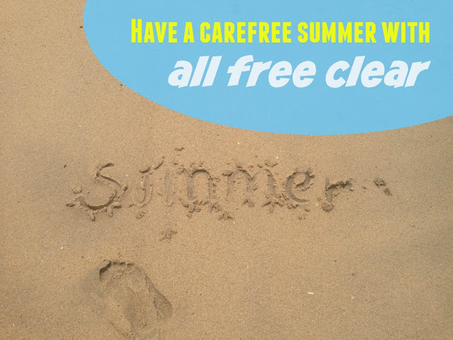all free clear #FreeToBe Carefree this Summer - mamabelly.com