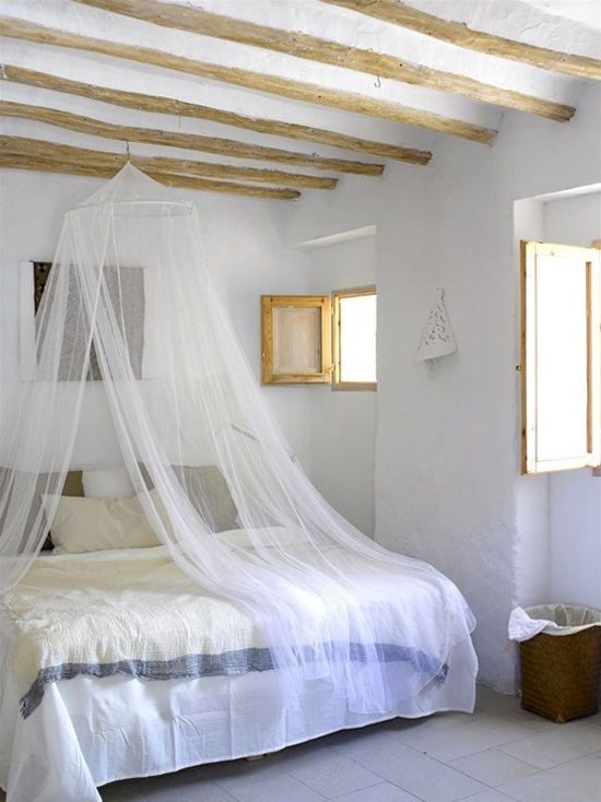 Neo rustic bedroom | Bedroom with mosquito net