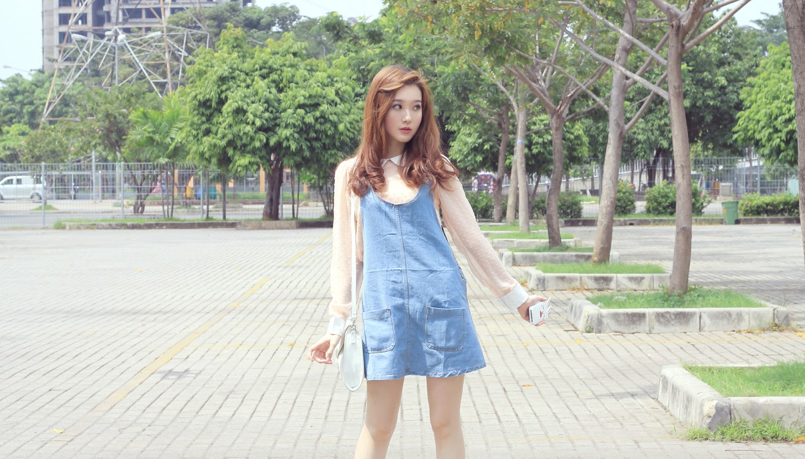 9 Ways To Style Pinaforesdungareesoveralls Plus Giveaway Elle Superdry Syg141b Jam Tangan Pria Hitam Button On Shirt Gowigasa Past Collection Shoes From Japan Denim Dungaree Skirt Pinafore Milky Bagall