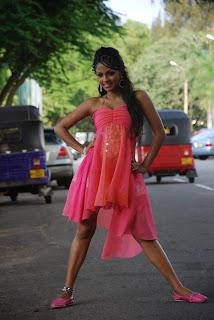 Shalini Tharaka bikini hot
