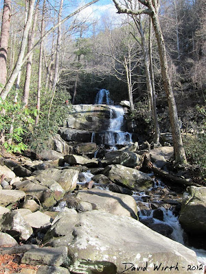 Smokey Mountain National Park, Laurel Falls View Up