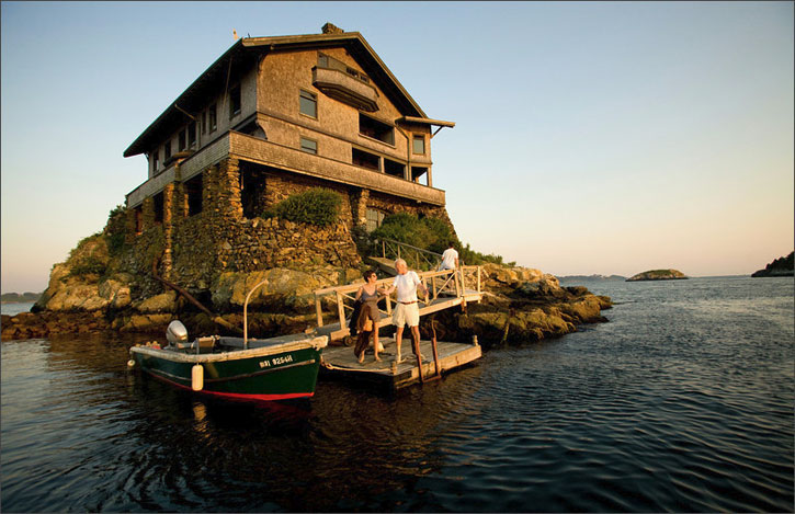 Homes Around The World It Sits Above The Water Over A Cliff That