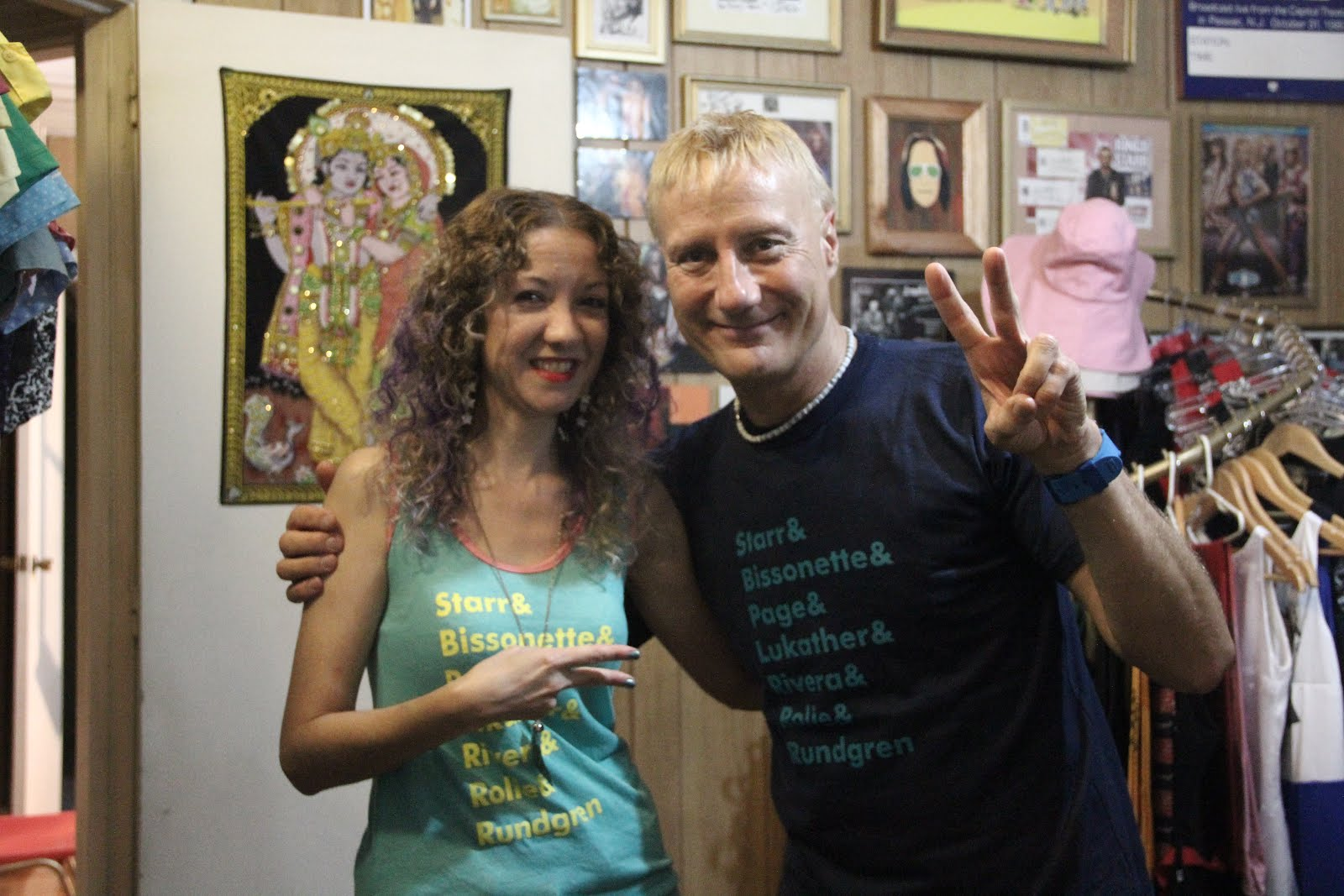 Gregg Bissonette en Indica boutique