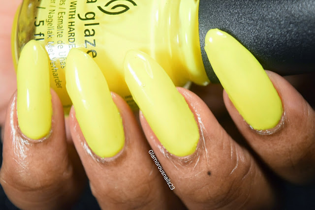 "China Glaze ""Daisy Know My Name"" Swatch"