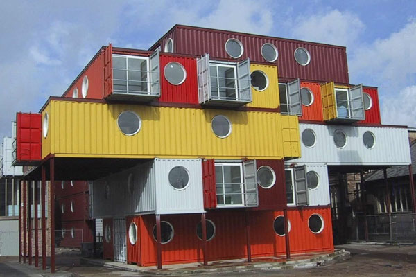 Beautiful Houses made with Cargo containers! ~ Amazing World Online