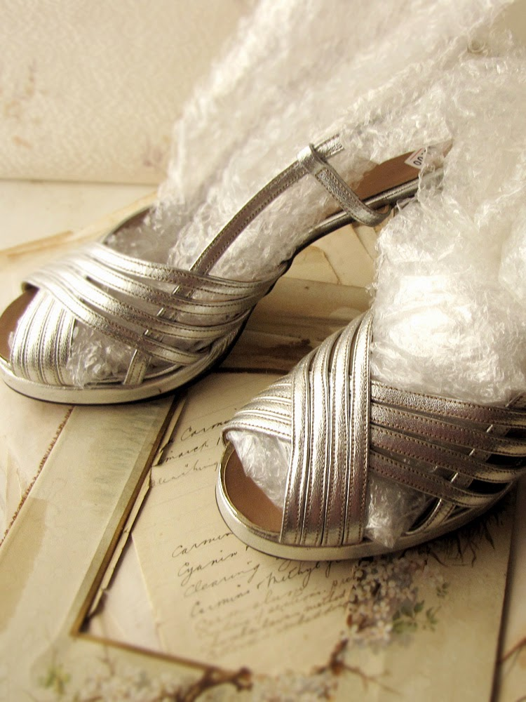 vintage 1970s silver shoes - sparrow salvage blog