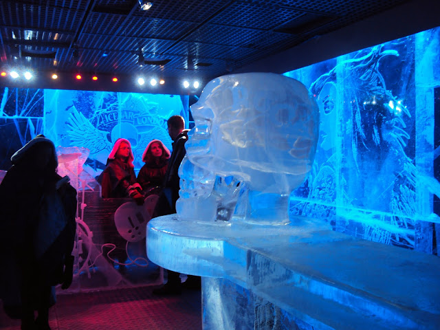London ice bar rocks