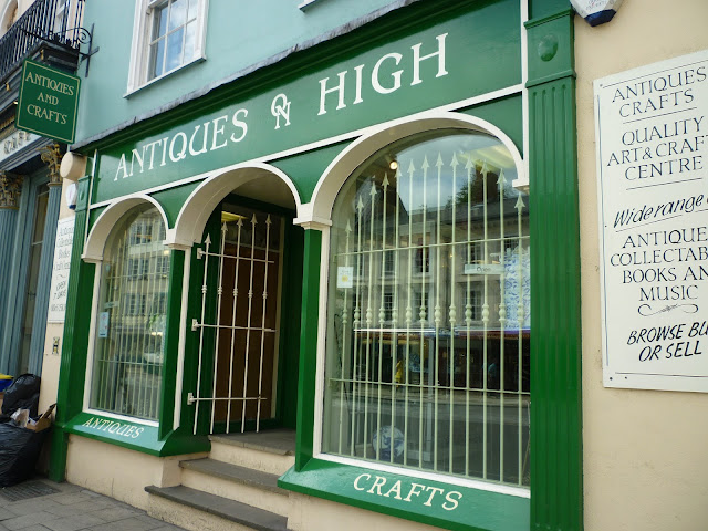 antiques on high oxford via lovebirds vintage
