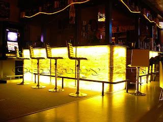 comptoire de bar en pierre,bar en pierre,