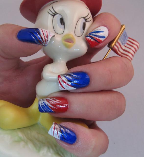 Patriotic 4th of July nail art