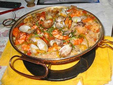 Saltado de camarones con tacu tacu de frejoles al aji for Utilisima cocina