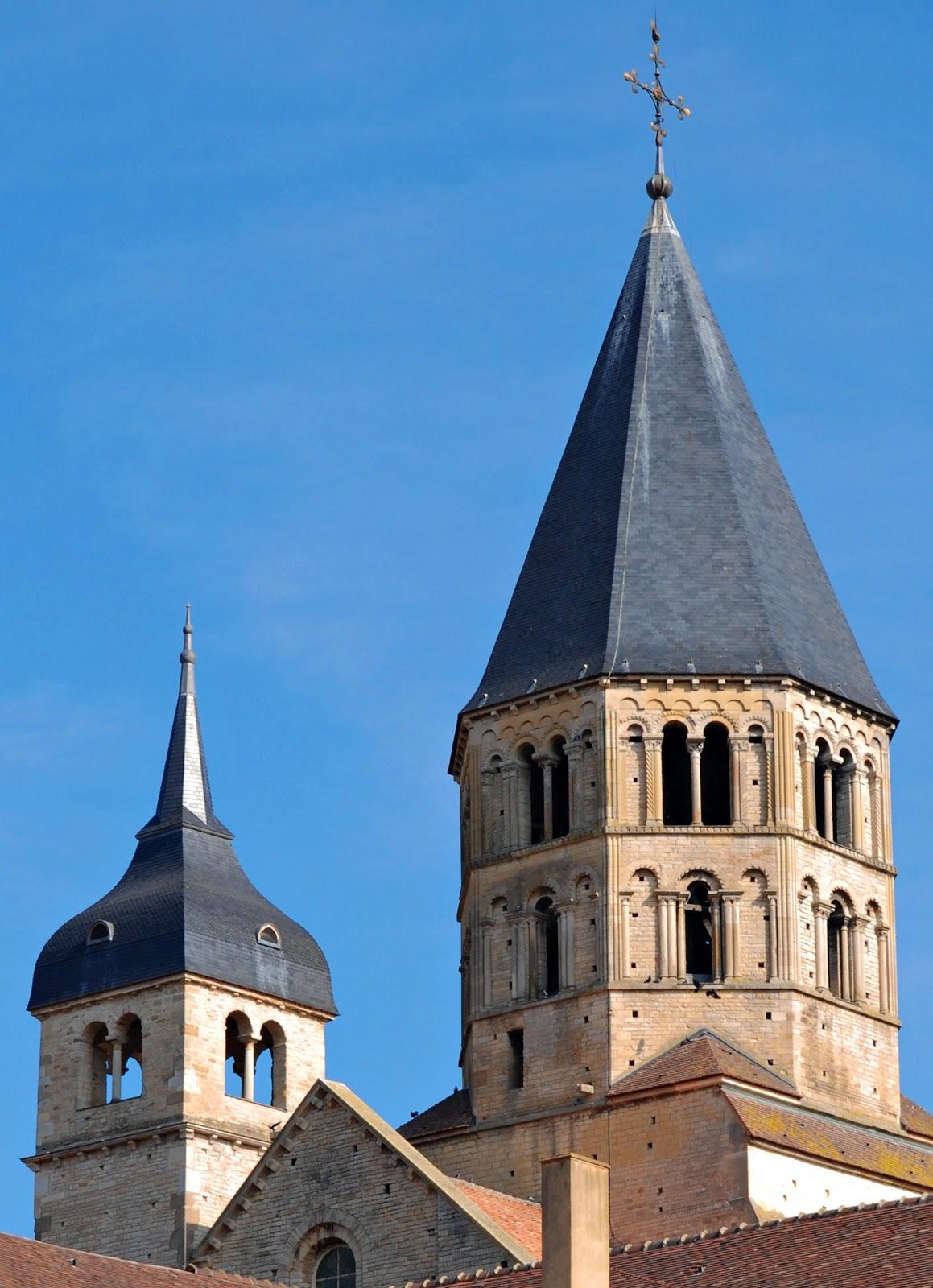 Sejarah Arsitektur: Arsitektur Romanesk ~ Annas Maulana