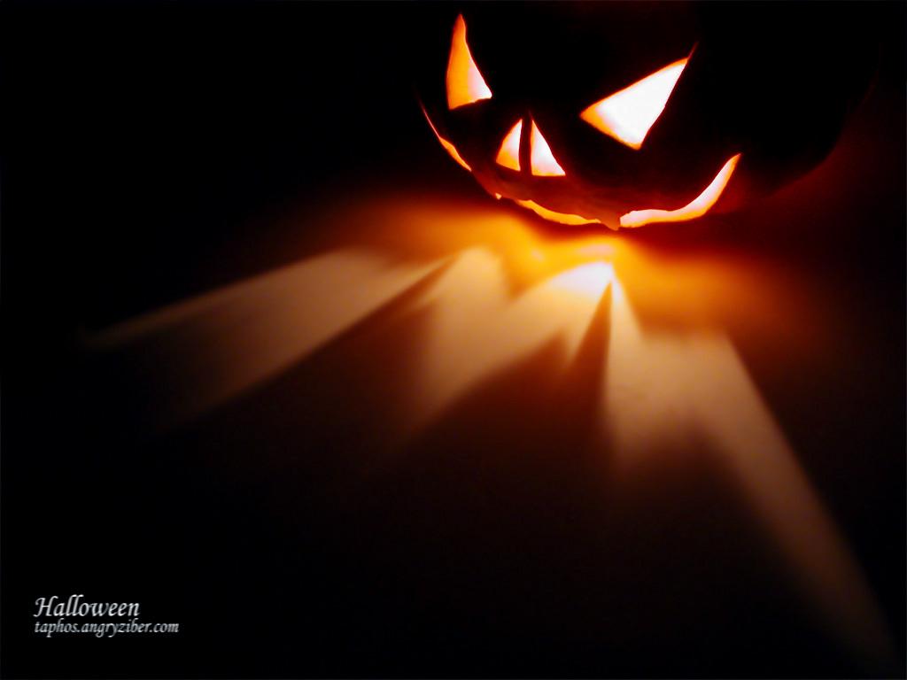 Cool Wallpaper Halloween Iphone 5 - 4  Trends_573199.jpg