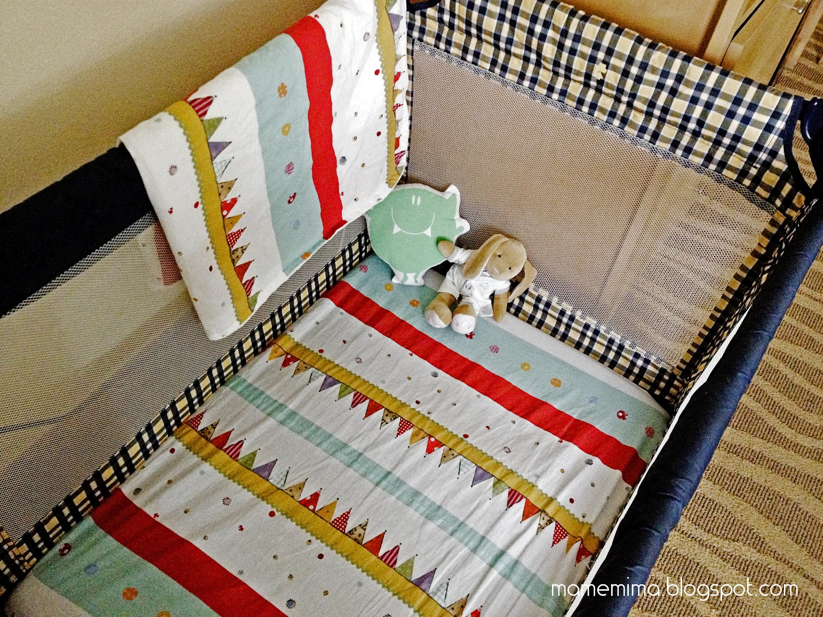 Babies: pack and play sheets