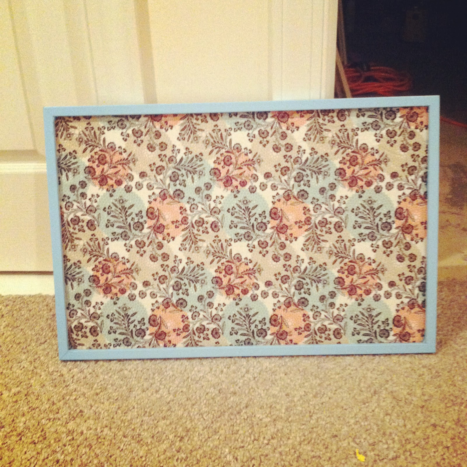 Fabric covered pin board home safe for Diy fabric bulletin board ideas