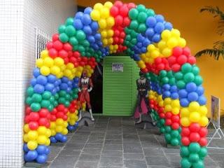 fotos e dicas de decoração para festas infantis com balões