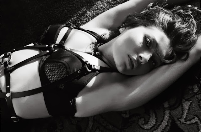 Fetish Inspirations : Nurgul Yesilcay For GQ Turkey's 12/2012