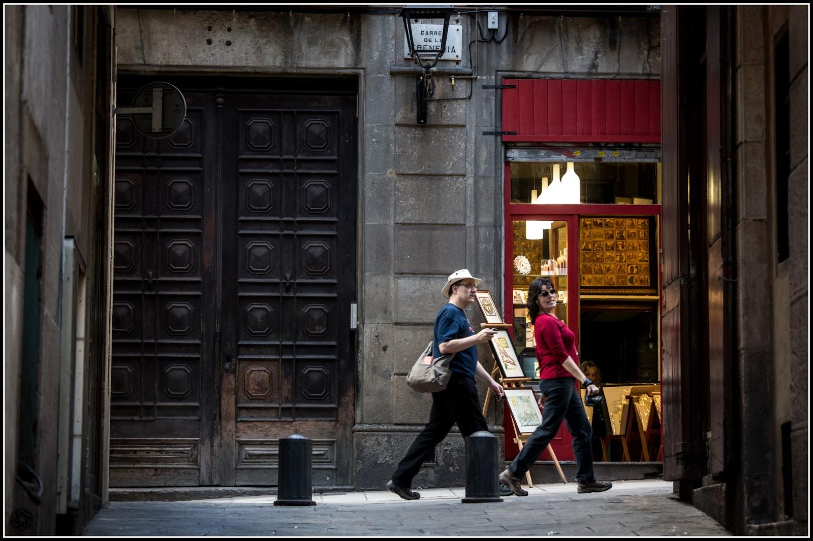 Barcelona, Barrio Gótico: Trampantojo - Encañonada