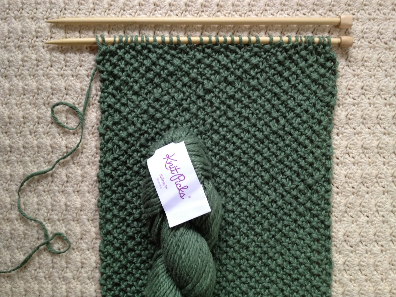 Free Knitting Scarf Patterns For Beginners : tinselmint: FREE INFINITY SCARF PATTERN FOR BEGINNERS