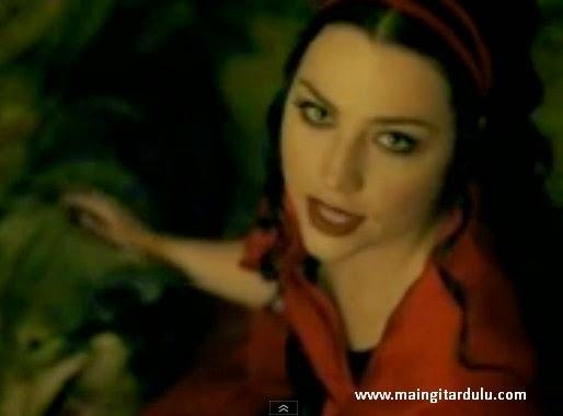 Lost In Paradise - Evanescence