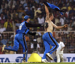 Flintoff takes off his shirt