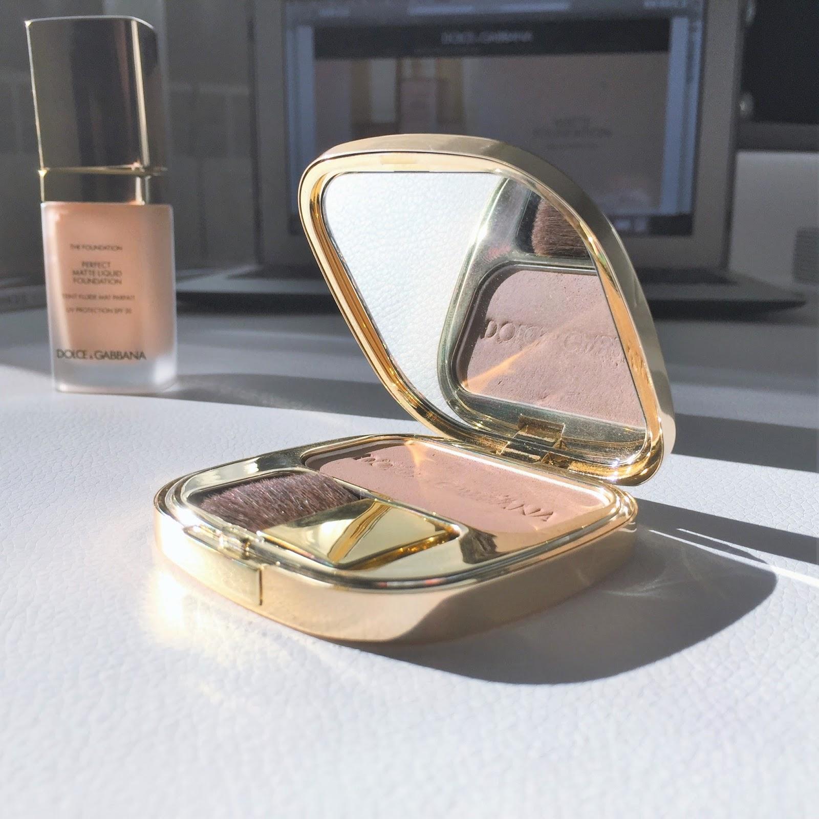 Кисть в комплекте на черный день сойдет, ворс достаточно мягкий, но у shiseido подобные кисти мягче и лучше.