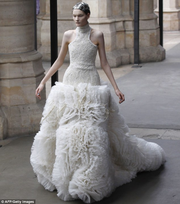 Savoir-Flair: Say Yes To The Dress