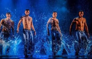 המופע Wet Temptations מגיע לישראל - ינואר 2016