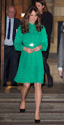 Kate Middleton (katemiddleton pregnant jpg )