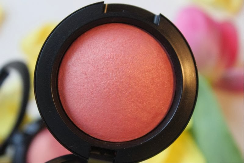 MAC A Fantasy of Flowers Blushes