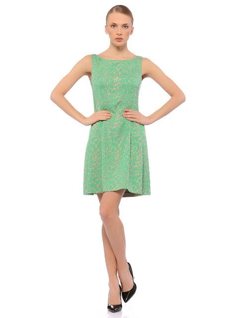 yeşil puantiyeli nostiljik elbise