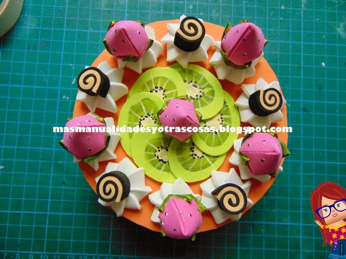 Ms manualidades y otras cosas Tarta hecha con goma eva