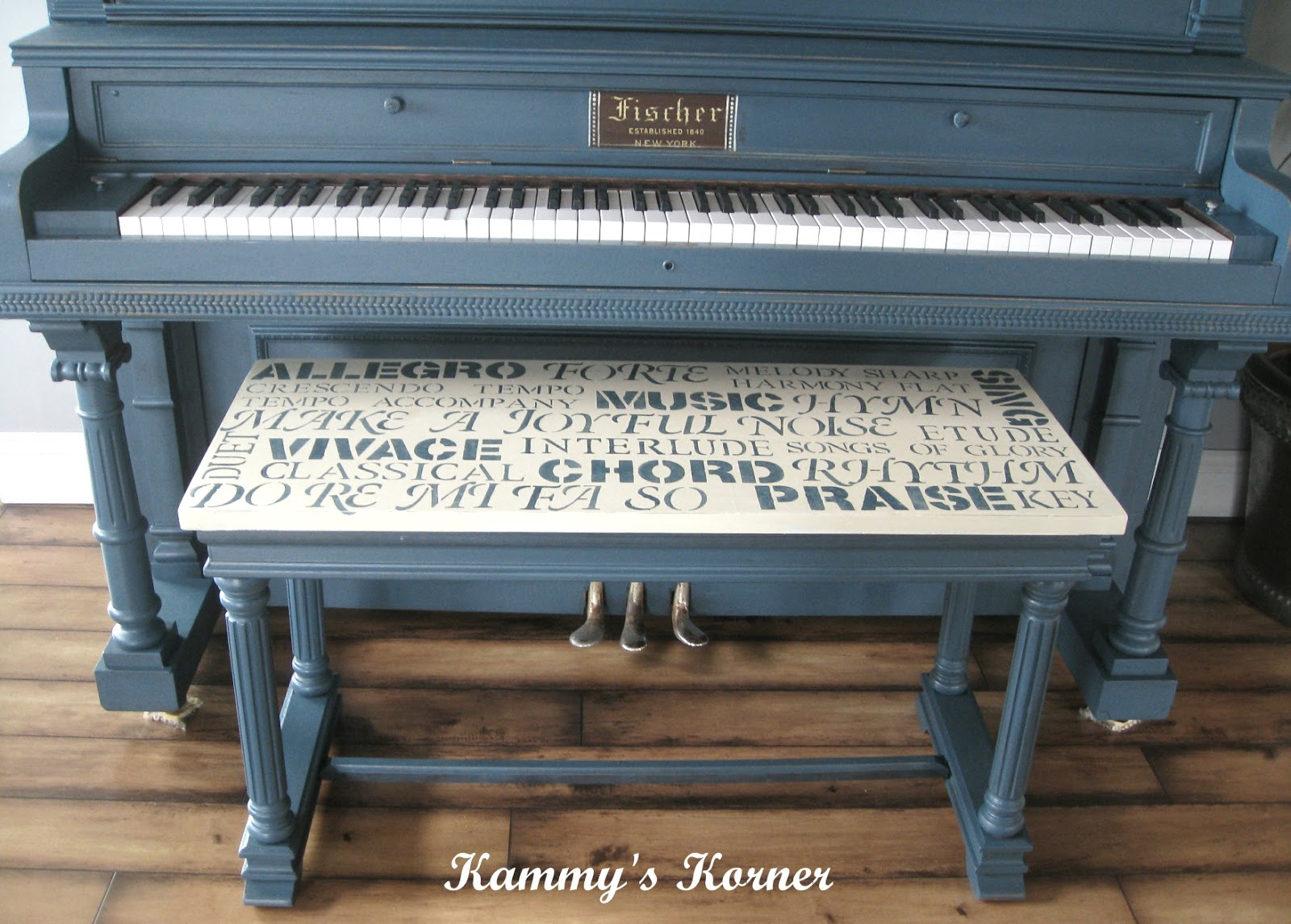 kammy 39 s korner my painted piano with subway art bench