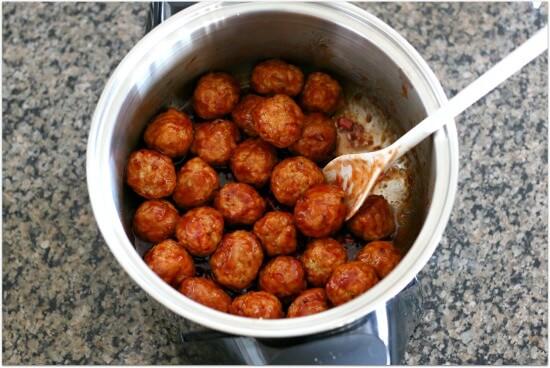 Slow Cooker 3-Ingredient Party Meatballs