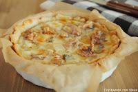 Tarta de gorgonzola con peras y nueces