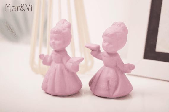 Cambio di stile alle vecchie statuine di ceramica