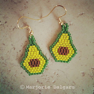 Avocado Earrings Beading Pattern | livingwiththreemoonbabies.blogspot.com