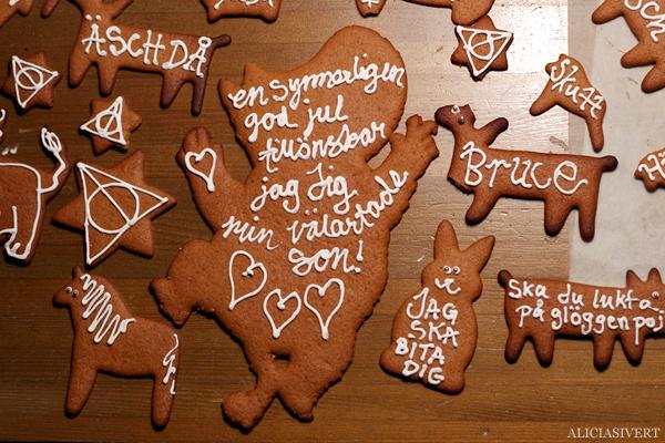aliciasivert, alicia sivert, alicia sivertsson, pepparkaka, pepparkakor, dekorera, morbida, makabra, gingerbread, äsch då, jag ska bita dig, ve och fasa, en synnerligen god jul tillönskar jag dig min välartade son, karl-bertil jonsons julafton