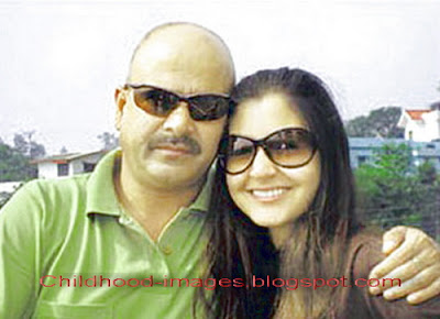 anushka+sharma+with+father+pictures-childhood-images.blogspot.com{1}