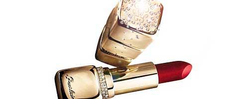 curiosidades maquillaje: pintalabios de oro y diamantes