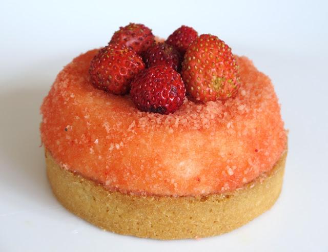 Pâtisserie Pain de sucre - tartelette Hollande-fraises des bois