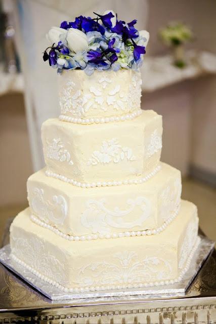 Cakes by karen samantha bj 39 s wedding cake for Bj custom designs